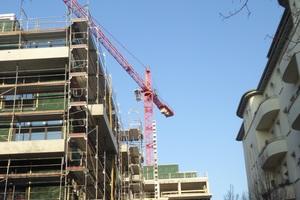 Überall wird fleißig gebaut: hier die Zwillingshäuser am Schmollerplatz im Berliner Stadtteil Alt-Treptow