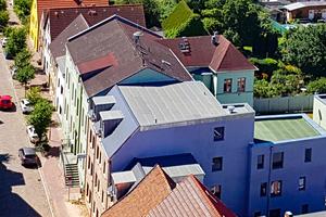 Ausgefeiltes Energiekonzept: das Mehrfamilienhaus erreicht KfW-55 Standard