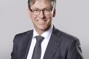 <strong>Autor: </strong>Dr. Peter Arens, Experte für Trinkwasserhygiene bei Schell <br />