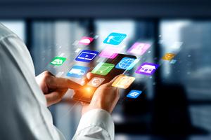 Über spezialisierte Softwareanwendungen lassen sich zahlreiche Aufgabenbereiche der Immobilienverwaltung ortsunabhängig via Tablet oder Handy erledigen