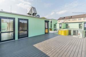 Die zahlreichen Dachterrassen bieten den Mietern zusätzliche Arbeits- und Erholungsfläche im Freien