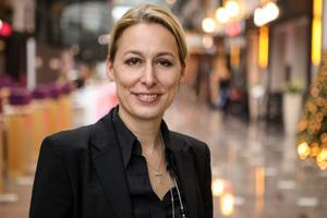 """Dr. Christine Lemaitre: """"Holz bringt wertvolle Eigenschaften für eine nachhaltige Bauweise mit sich."""""""