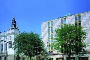 Die Architektur erinnert an die Ästhetik der 50er Jahre