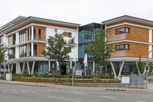 In den Obergeschossen befinden sich 36 Wohnungen zwischen 47 und 85m² sowie sechs Wohnappartements mit je 33m²