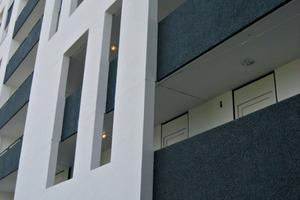 Die Außenansichten zeigen die Laubengänge sowie das Neue Forum nach den Renovierungsarbeiten an den Außenbereichen<br />