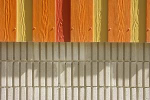 Wansey Street, London: Die Farbabstufung realisierten die Architekten mit den schmalen Cedral Faserzementpaneelen mit lebendiger Holzstruktur