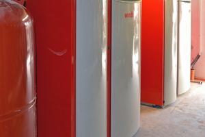 Zwei BioWIN XL mit insgesamt 120kW Nennwärmeleistung sichern im Endausbau die Versorgung von insgesamt vier Mehrfamilienhäusern