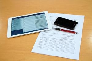 Generationswechsel: Von der Wohnungsabnahme mit Papier und Bleistift zur Abnahme mit App, über die erfasste Informationen sofort in das angebundene ERP-System einfließen können