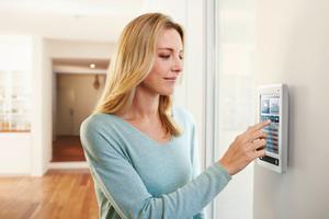 Bild 5: Smart Building Lösungen für Mehrfamilienhäuser vernetzen das gesamte Gebäude digital und ermöglichen so eine bedarfsgerechte, hocheffiziente Heizungssteuerung