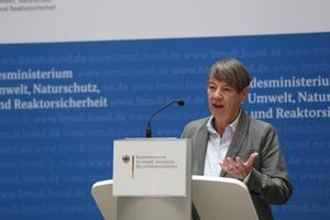 Bundesbauministerin Dr. Barbara Hendricks unterstützt nachhaltige Wohnprojekte für Studierende und flexible Wohnmodelle