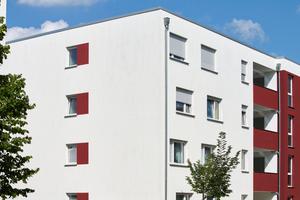 Akzentfarben geben den Gebäuden innerhalb des verbindenden Kontexts Individualität
