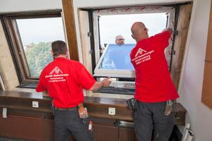 Die Maßrenovierungsfenster passen millimetergenau in die vorhandenen Öffnungen