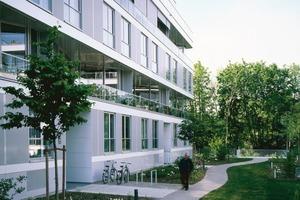 Eigentumsmaßnahme Gern 64 in der Hanebergstraße in München. Es ist ein integratives Konzept mit architektonisch wertvollen Wohnungen, gekoppelt mit familiengerechten und betreutem Wohnen<br />