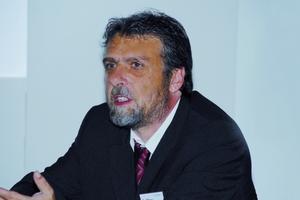 Dr. Klaus Breuer, stellv. Leiter am Fraunhofer-Institut für Bauphysik in Holzkirchen: Forschung in der Praxis verankert