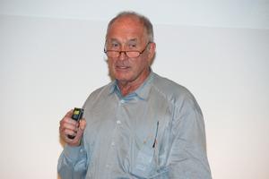 """Im Forum """"Zukunft des Bauens"""" sprach Prof. Volkwien Marg,gmp Architekten, Hamburg"""