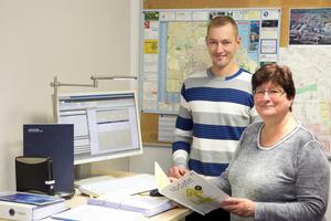 Susanne Knuth und Torsten Schöpa sind für die Betriebs- und Heizkostenabrechnungen in der WGG zuständig