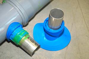 Bild 3: Anschlussstück für die Rohrsanierung