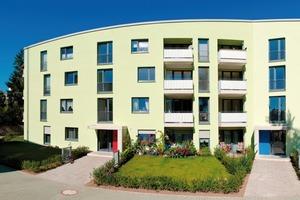 Durch einen leichten Knick im Gebäudekörper erhalten die ehemals undifferenzierten Freiflächen eine ganz neue Qualität<br />