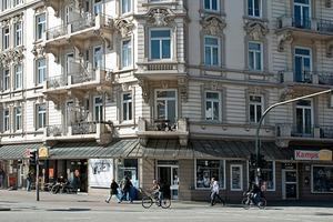 Eckhaus an der Grindelallee in Hamburg-Rotherbaum<br />