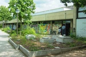 Heidelberg-Kirchheim: Befüll- und Einstiegsöffnungen des unterirdischen Pelletbehälters<br />