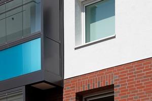 Die Be- und Entlüftungssysteme wurden in allen Schlafzimmern in den oberen Blendrahmen der Fensterelemente integriert<br />