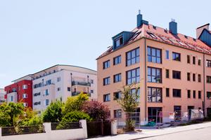 Bei diesem Studentenwohnheim in Regensburg sichert die Lüftungsanlage den einwandfreien Zustand der Immobilie. Hier hat der Bauträger bereits 2013 alle 38 Wohnungen mit Wohnraumlüftungen von Pluggit ausgestattet