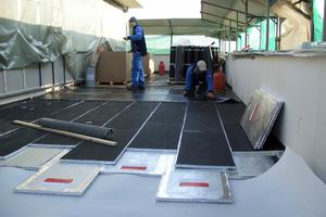 Zweilagiger Einbau von Vakuumdämmpaneelen mit versetzter Anordnung als Terrassendämmung