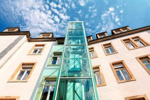 Beispiel in Dresden: Nachträgerlicher Anbau einer Aufzuganlage<br />