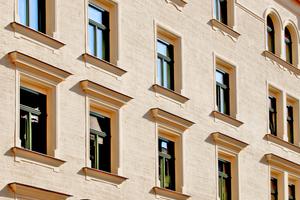 Durch stilgetreue Zierprofile war es möglich, die modernen Fenster dem historischen Vorbild anzugleichen