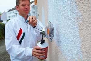 Mithilfe eines gasbetriebenen Trocknungsgerätes kann die Trocknung der Grundierung forciert werden