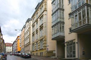 Altbau vs. Neubau: Je neuer und besser gedämmt ein Gebäude, desto größer ist die Neigung der Bewohner, mit Heizenergie verschwenderisch umzugehen