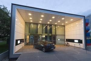 Haus der Zukunft: Das Effizienzhaus Plus mit Elektromobilität in Berlin