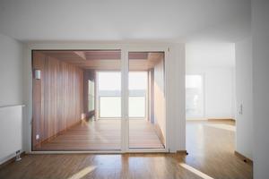Parkett für Innen und Außen:<br />Die kostengünstige Bauweise ermöglicht die hohe Ausstattungsqualität der einzelnen Wohnungen<br />