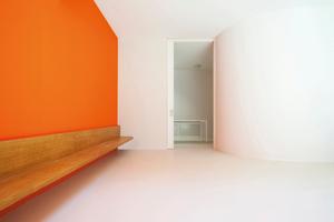 Farbliche Gestaltung, Oberflächenschutz, Innenraumlufthygiene: Wasserverdünnbare Anstrichmittel von JWO sind nahezu emissionsfrei