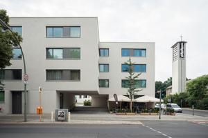 Die Lochfassaden der Siedlung Schwyzer Straße führen die zum Unesco-Weltkulturerbe zählende Architektur des Berliner Schillerparks von Bruno Taut weiter