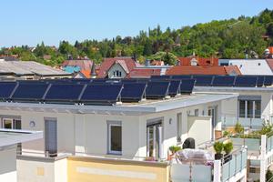 Thermische Solaranlagen unterstützen die Trinkwassererwärmung und Raumheizung