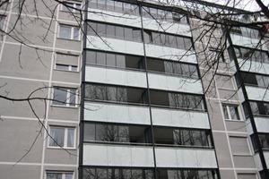 Insgesamt wurden 275 Glasflügel verbaut