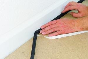 Fugendichtband für die Randbereiche. Auch Fußbodenheizungen lassen sich bei diesem System ohne Einschränkungen betreiben<br />