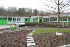 Die Deula-Werkstätten in Witzenhausen bieten auf 2500 m² Nutzfläche Platz für Schulungs- und Maschinenhallen, Unterrichtsräume, Büros, Lager und eine Hausmeisterwohnung.