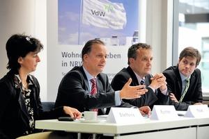 Ministerin Steffens und Verbandsdirektor Rychter auf der Pressekonferenz<br /><br />