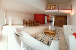 Großzügige variable Grundrisse, die an veränderte Wohnbedürfnisse angepasst werden können, entsprechen dem hohen Qualitätsanspruch der Bauherren<br />