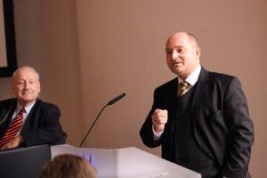 Staatssekretär Bomba auf der 1. Regionalkonferenz in Fulda am 24. November 2011<br />