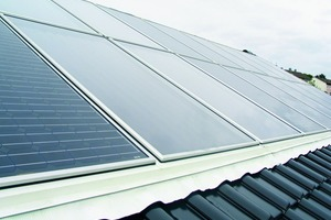 """<div class=""""metainfo"""">Dachintegrierte Photovoltaikmodule und Solarkollektoren</div>"""