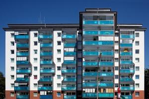 Schall- und Emissionsschutz durch Fassaden-sanierung: Zur stark befahrenen Straße sorgen die Dreifach-Isolierverglasungen für optimierten Schallschutz. Die in den Schlafzimmerfenstern integrierten Lüftungsgeräte ermöglichen eine Be- und Entlüftung ohne Öffnen der Fenster<br /><br />