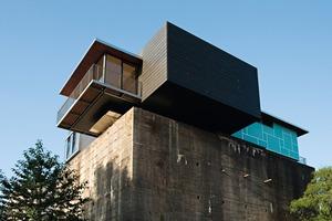 Das Penthouse mit der Zink-Paneel-Konstruktion