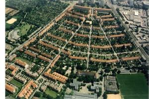 Die Gartenstadt Haslach blieb in allen Teilen – Haustypen sowie Straßenführung und -profile – erhalten und steht unter Denkmalschutz. Die energetische Modernisierung erfolgt ohne Dämmung