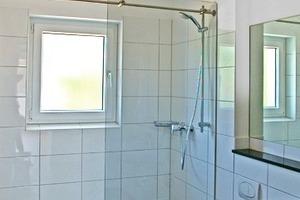 Das Bad in der mit öffentlichen Geldern geförderten Wohnung ist barrierefrei<br />