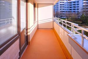 Langfristig dicht und optisch aufgewertet präsentieren sich die Baldhamer Balkone nach der Instandsetzung mit Triflex-Flüssigkunststoff