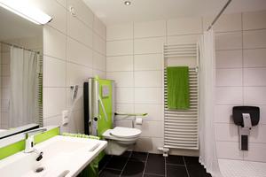 Alters- beziehungsweise generationengerechter Umbau der Badezimmer bei der Neuland Wohnungsgesellschaft