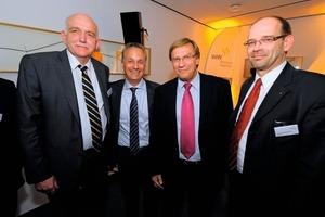 v.l. , MdL Bernhard Schemmer, VdW-Verbandsdirektor Alexander Rychter, Wirtschaftsminister Harry K. Voigtsberger, MdL Rainer Schmeltzer<br /><br />